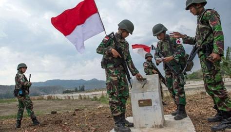 Foto Patroli Penjaga Perbatasan Indonesia - Timor Leste 1