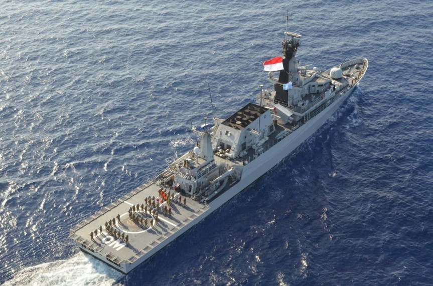 KRI Bung Tomo Pimpim Latgab Maritim UNIFIL 3