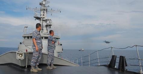 KRI OWA saat menangkap kapal nelayan china 29052016