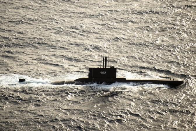 Mengapa Angkatan Laut Indonesia Perlu Kapal Selam Konvensional Jarak Jauh?