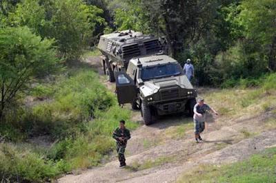 Uji fungsi MLRS RM 70 Vampir beserta kendaraan Aligator dan Tatrapan (all photos Korps Marinir) 6