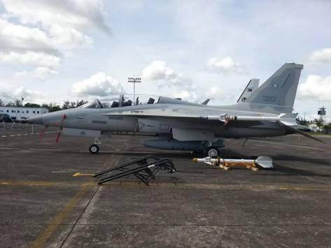 FA-50PH dengan rudal AIM-9B (photo Iam Hanz)