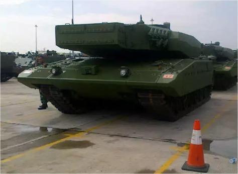 Leopard 2 RI 29082016 LancerCell