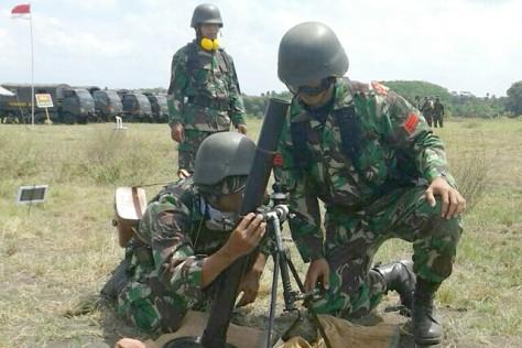 prajurit-tni-ad-latihan-menembak-mortir