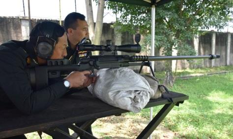 spr-2-pindad-dicoba-oleh-royal-thai-army-lci-1