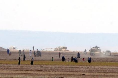 Tank-tank Turki kembali melintasi wilayah perbatasan