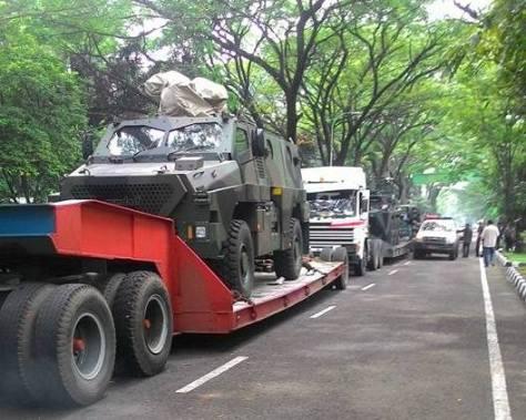 indo-defence-2016-bushmaster