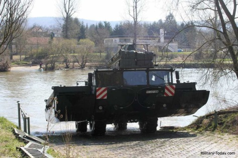 m3-amphibious-rig-military-today-4