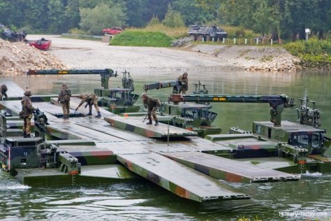 m3-amphibious-rig-military-today-6