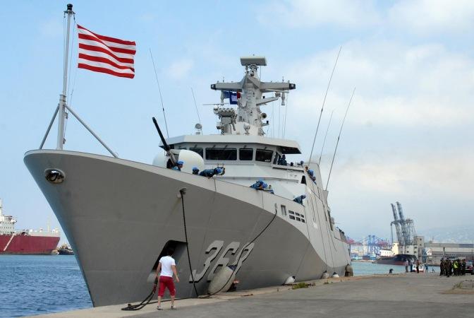 Tiga Kapal Perang TNI AL Berada di Selat Makassar