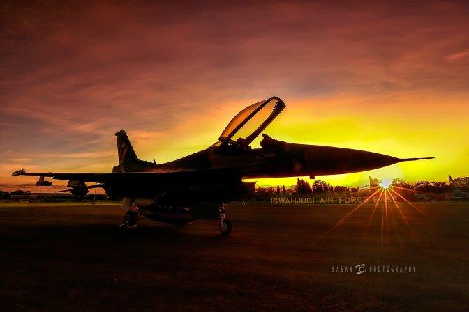 Enam F-16 Digeser ke Lanud Soewondo