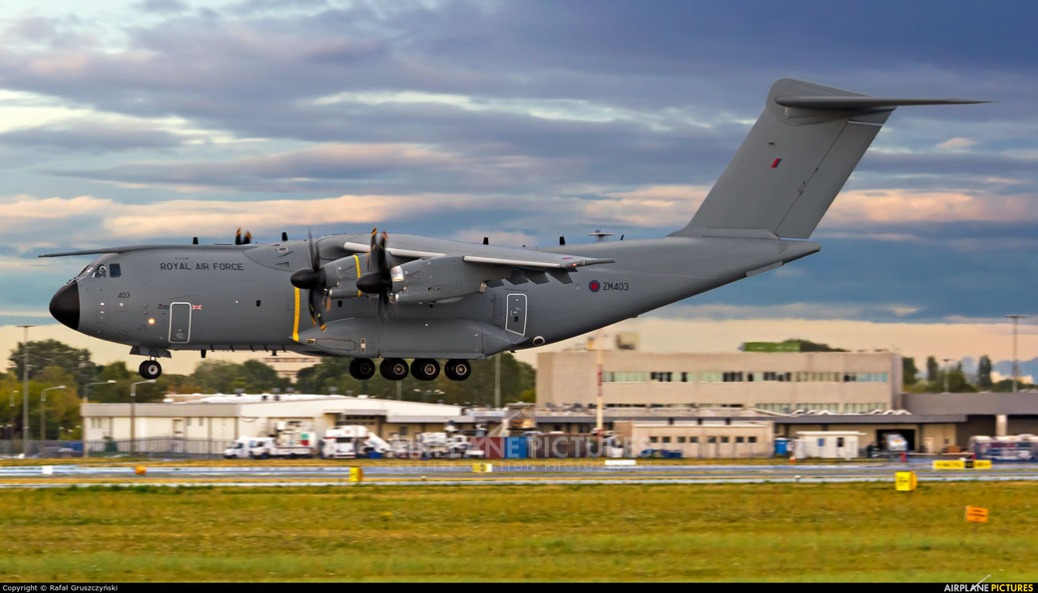 a400m-zm403-royal-air-force-airplane-pictures-e