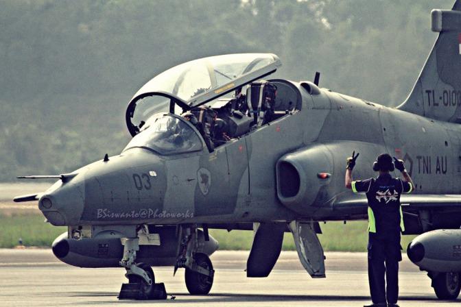 Latihan Tempur Hawk 100/200 TNI AU Gunakan AGM-65 Maverick
