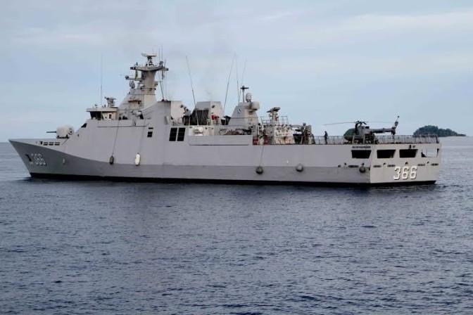 Kapal Perang TNI AL Ikuti International Maritime Defence