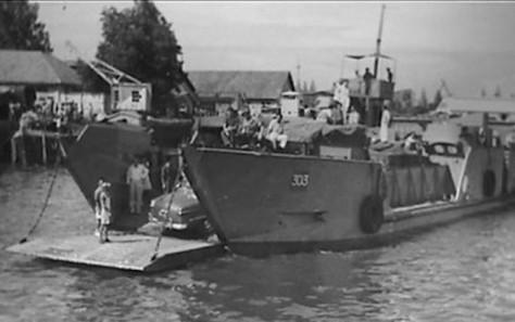 Pelabuhan di Surabaya 1946-1950. (Arsip Nasional Belanda)