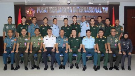 Puskersin TNI Melaksanakan Pertemuan Dengan The Vietnam Peoples Army (VPA)