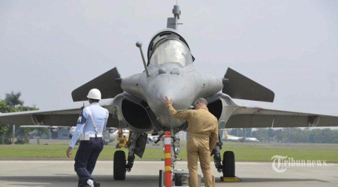 Perancis Kembangkan Pesawat Tempur Rafale F4 'NG'
