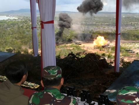 Jokowi saksikan latihan perang di Natuna, Foto Cahyo Biro Pres Setpres