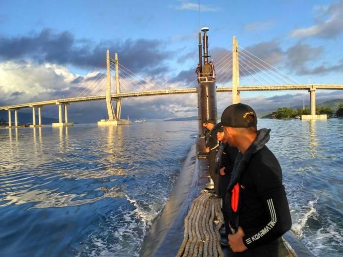 KRI Nanggala 402 yang Pertama Kali Sandar di Dermaga Sionban Kapal Selam Palu