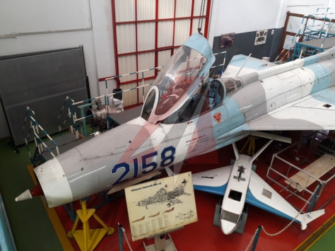 MiG-21 AURI bernomor 2158 yang kini jadi alat peraga keilmuan aeronotika di FTMD, ITB. (Adrianus Darmawan)