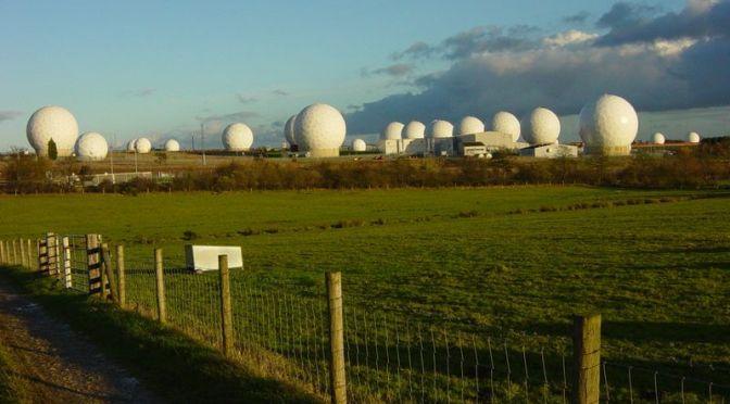 Apa Itu 'Electronic Warfare'?