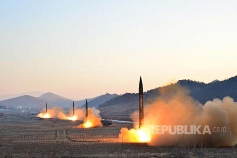 Rudal Balistik Korea Utara (Reuters)