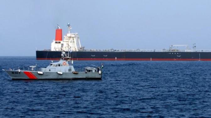Peluru Kendali Houthi Hantam Kapal UEA di Laut Yaman