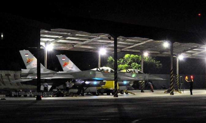 Suara Pesawat Tempur Bangunkan Warga Yogyakarta untuk Sahur