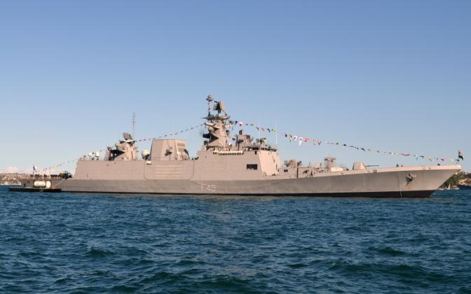 Prajurit Koarmatim Adakan Kunjungan ke Kapal Perang Angkatan Laut India