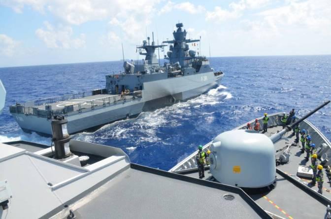 Angkatan Laut Jerman Latihan Pembekalan di Laut dengan KRI Bung Tomo-357