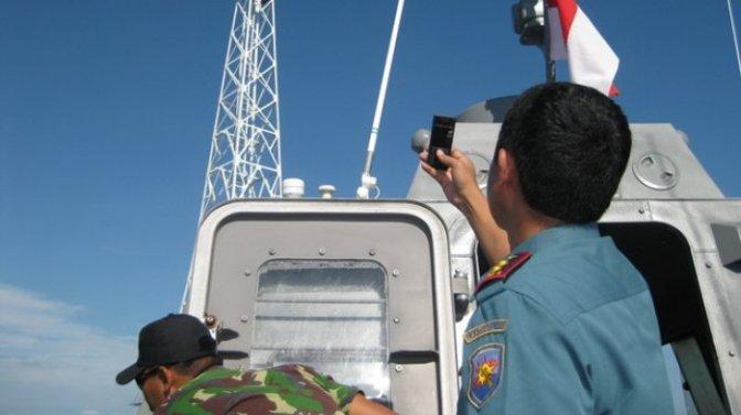 Pembangunan Menara Suar Ambalat Dikawal Dua Personel TNI AL