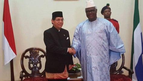 Dubes RI Untuk Dakar, Mansyur Pangeran, yang juga merangkap Republik Sierra Leon. (Poskota)