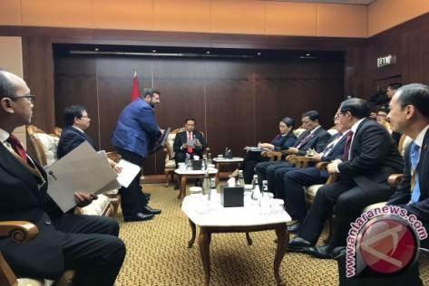 Presiden Joko Widodo bertemu dengan tiga CEO perusahaan strategis Turki. (Antara)