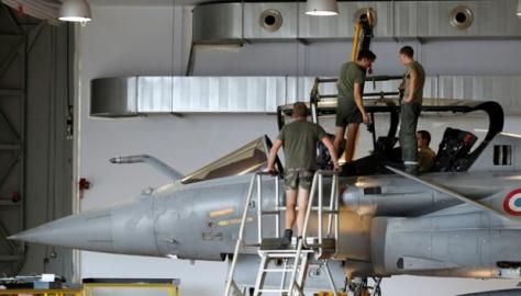 Rafale di pangkalan Angkatan Udara Prancis di Mont-de-Marsan, barat daya Prancis, 27 Juni 2017. REUTERS 1