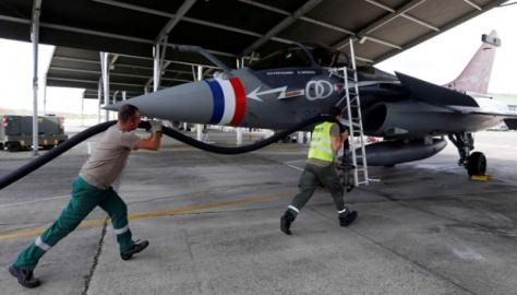 Rafale di pangkalan Angkatan Udara Prancis di Mont-de-Marsan, barat daya Prancis, 27 Juni 2017. REUTERS 2