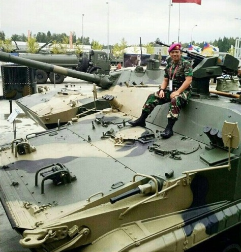 BT-3F Korps Marinir melihat Stand BT-3F. (IMF)