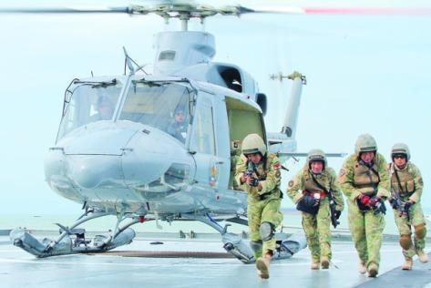 Kopaska gelar Latihan Kesiapsiagaan Operasional Koarmatim TNI AL di perairan Teluk Balikpapan. (Prokal)