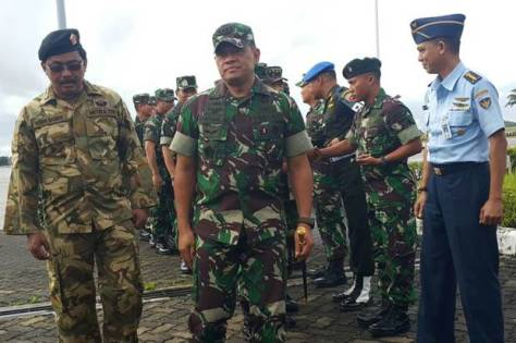 Panglima TNI Jenderal TNI Gatot Nurmantyo bersama Gubernur Kepri Nurdin Basirun beserta rombongan. (Istimewa)