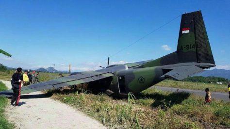 Pesawat TNI AD tergelincir di Bandung Barat. (Istimewa)