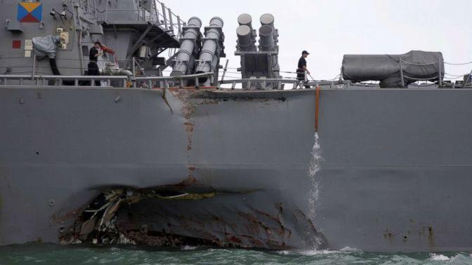 Dua KRI dan Satu Heli Bantu Cari Awak Kapal Perang Amerika yang Tabrakan di Selat Malaka