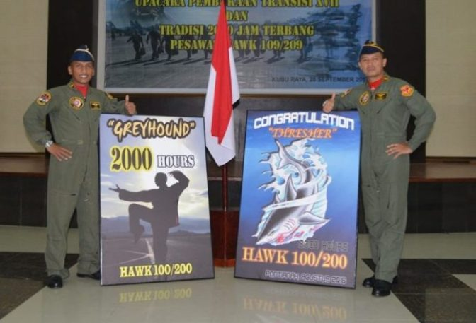 Danlanud Menyematkan Badge 2000 JT dan Buka Dik Transisi Ke-17