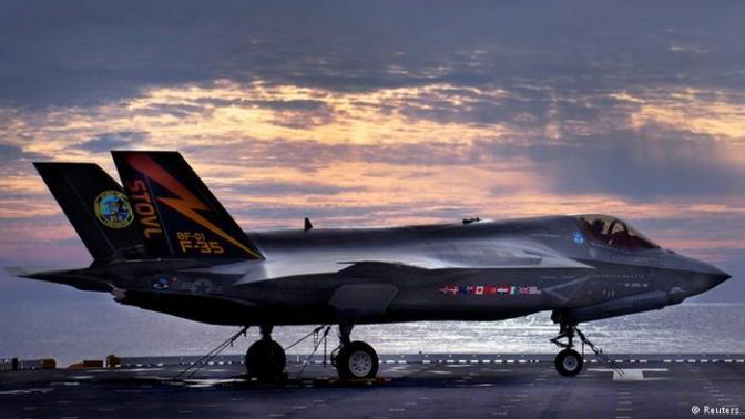 Jet 'Stealth' AS Berlatih di Semenanjung Korea