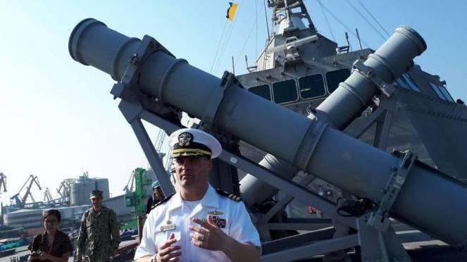 Melirik Canggihnya USS Coronado