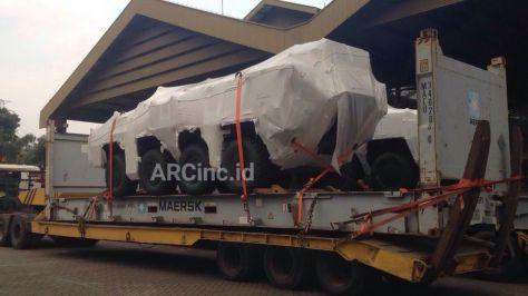 Pandur II 8x8 tiba di PT Pindad (ARC)