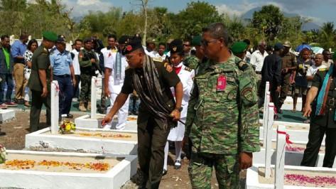 Panglima TNI Jenderal TNI ziarah ke Taman Makam Pahlawan (TMP) Seroja Baucau dan Seroja Dili, Timor Leste. (Puspen TNI)