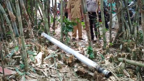 Roket jatuh di Rumpin, Bogor. (Polres Bogor)
