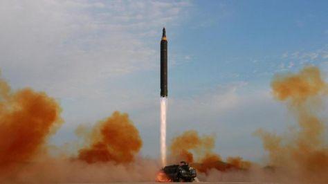 Uji coba rudal Korea Utara. (KCNA via REUTERS) 1