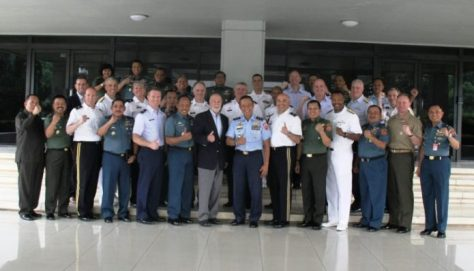 Aspers Panglima TNI Marsda Dedy Permadi menerima kunjungan Delegasi The US Capstone General And Flag Officers Course, di Mabes TNI, Cilangkap, Jakarta.