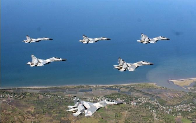 Flypass Sukhoi Warnai Farewell Flight Komandan Skadron Udara 11 TNI AU