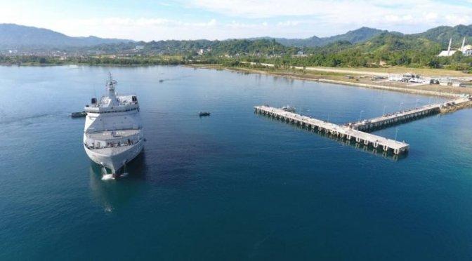 Peresmian Pangkalan TNI AL Mamuju, KRI Banda Aceh 593 Laksanakan Open Ship